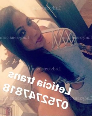 Thomase massage escorte girl à Longwy